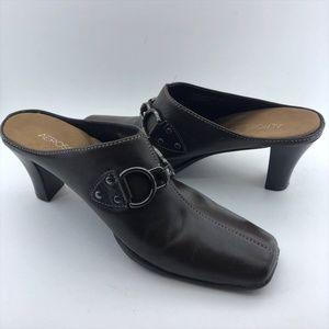 "Aerosole Leather ""Cinch Worm"" Brown Mules/Slides"